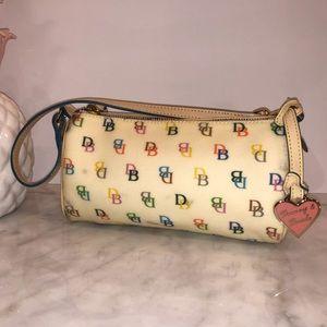 Dooney & Bourke multi colored barrel bag cute 😎💕